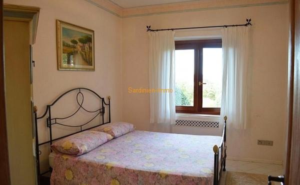 In.bedroom3