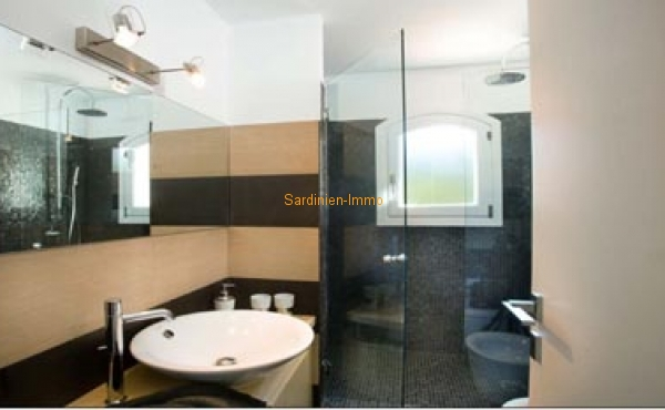 Inter.bathroom